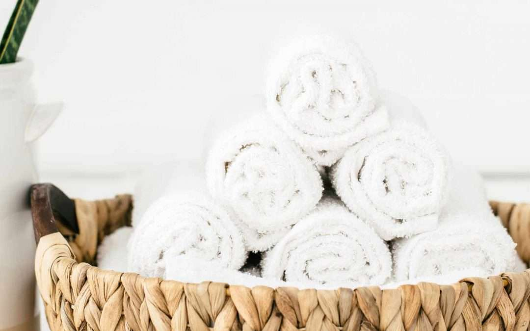 DIY Bathroom Cleaning Wipes